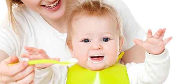 khi nào cho bé ăn sữa chua tốt nhất?